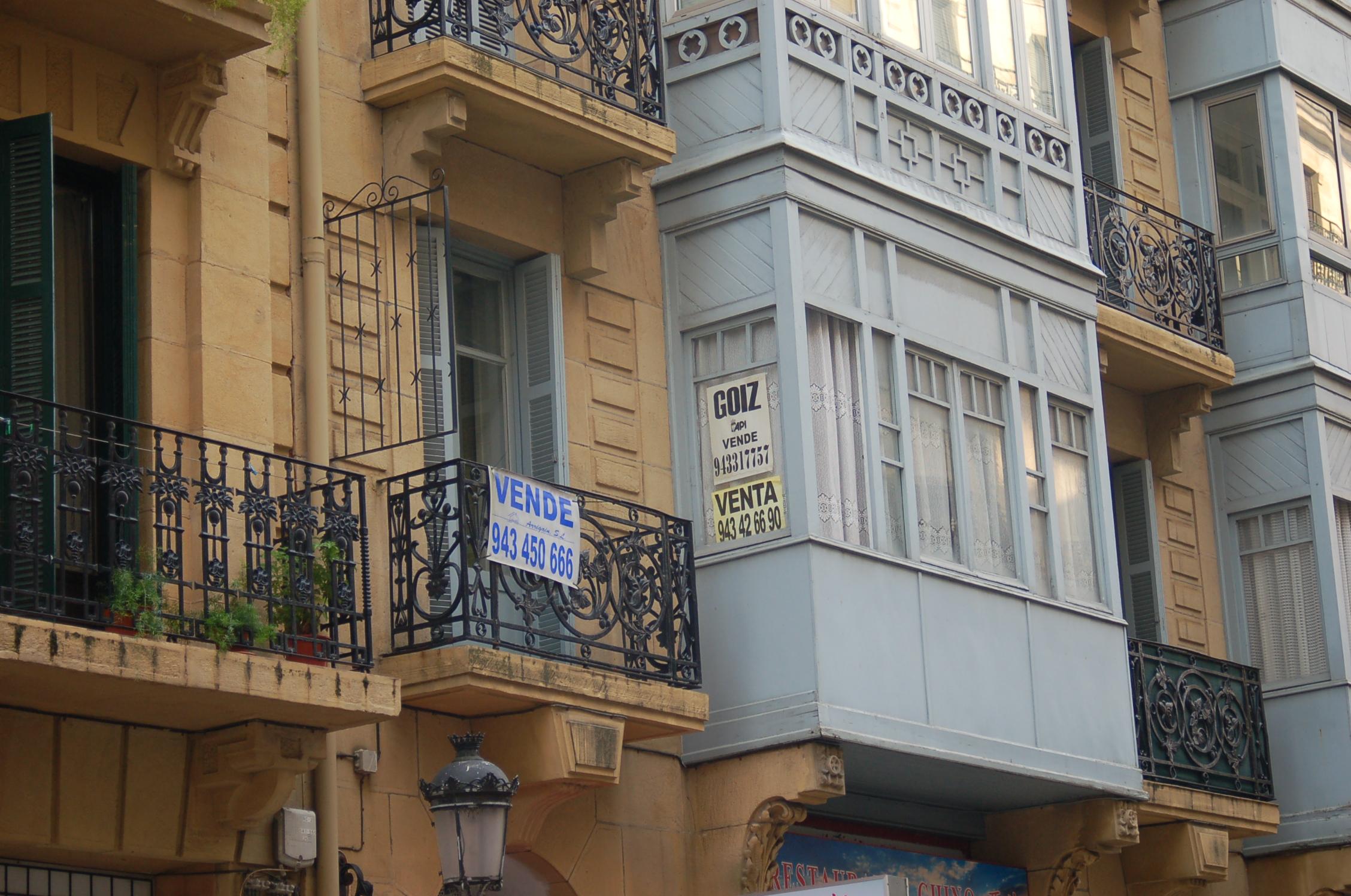 El mercado de segunda mano dispara la compraventa de - Mercado segunda mano barcelona ...